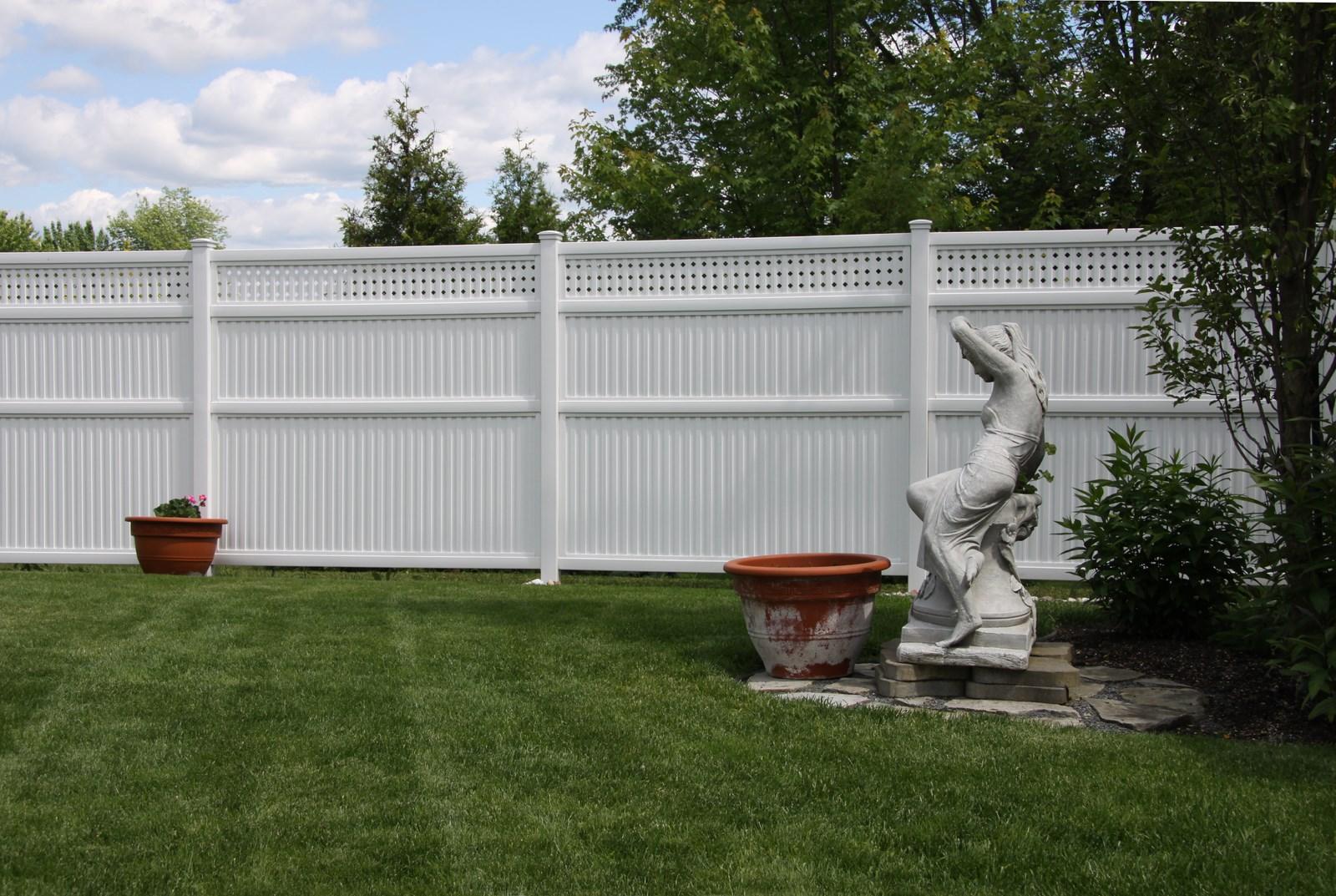 Emejing cloture jardin en pvc gallery for Barriere de jardin pvc