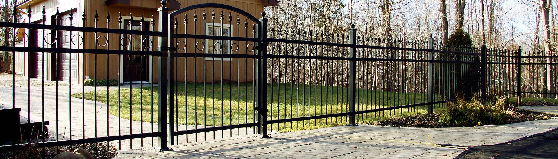 Sefaco fabricant de cl tures en pvc et en m tal barri re rampe portail for Cloture metal
